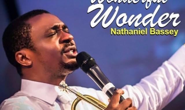 Photo of Wonderful Wonder – Nathaniel Bassey Ft. Lovesong Lyrics & Mp3