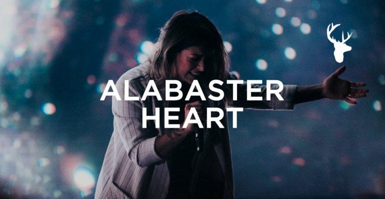 Photo of Alabaster Heart – Kalley Heiligenthal   Bethel Music (Live Video, Lyrics)