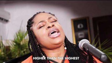 Photo of Sinach – I Humbly Bow (Mp3, Video and Lyrics)
