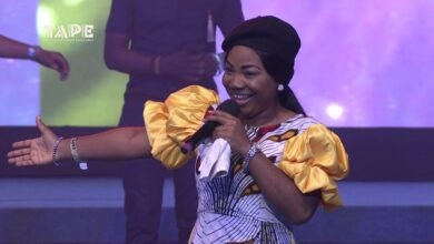 Mercy-Chinwo-at-The-African-Praise-Experience-TAPE